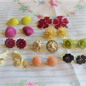 Vintage WW II Era All Plastic Clip Earrings Lot